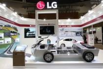 기업/LG화학… 구본부 LG회장의 끝없는 배터리 사랑  충북 오창-미국-중국-폴란드에 전기차 배터리공장 기공 참가