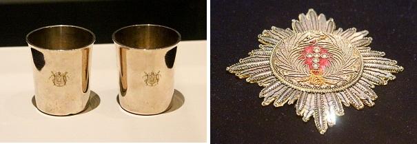 나폴레옹 황제가 원정 때 사용한 은잔. 1973년 제작됐으며, 황실의 금은 세공사인 비에내 마르텡과 기욤이 만들었다. 나폴레옹이 제1 제정 마차에서 사용했으며, 워털루전투에서 패한 나폴레옹의 대형 4륜 마차에서 발견됐다. 높이 7.5㎝, 무게 각각 93g, 94g.  나폴레옹 황제의 덴마크 코끼리 훈장. 1800년대 제작으로 추정되며, 직물과 조각, 은실로 만든 4개의 빛줄기 모양을 가진 훈장. 지름 11㎝. 1808년 5월 18일 덴마크 왕 프레데릭6세가 프랑스와 연합 직후 나폴레옹에게 수여했다. 워털루전투에 참여한 네덜란드 왕자 브뤼셔가 나폴레옹의 대형 4륜 마차에서 획득했다.
